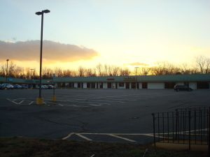 Empty parking at another mall near Princeton on Black Friday 2013. (click to expand.)
